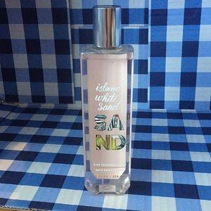 Bath body works island white sand fragrance mist